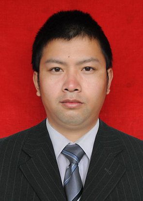 项目管理二部副经理   朱文波